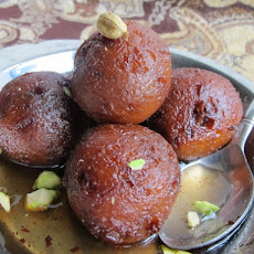 Chocolate Chip Gulab Jamun