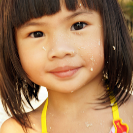 by the beach by Alice Chia - Babies & Children Child Portraits (  )