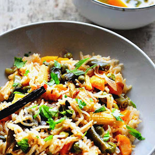 VEGETABLE PULAO RECIPE (PRESSURE COOKER METHOD)