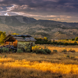 Room with a view by Richard Depinay - Landscapes Prairies, Meadows & Fields ( farm, sunset, prairies, colorado, rifle, fields )