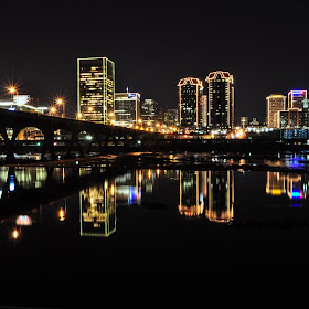 Richmond VA Holiday Skyline-001.jpg
