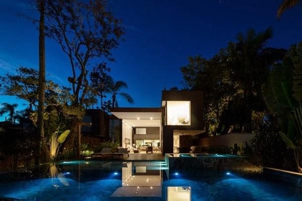 piscina-iluminacion-Casa-de-playa