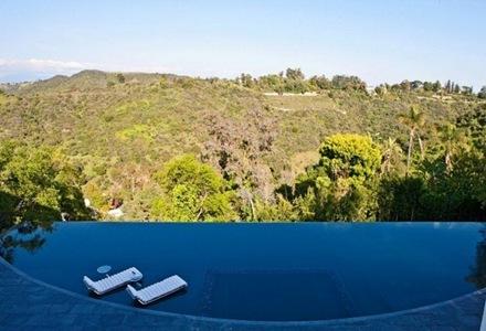 piscina-casa-de-lujo-construccion-piscina-de-diseño