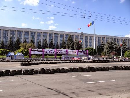 Obiective turistice Chisinau: Sediu Guvern Moldova