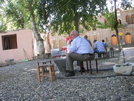 Relaxare in Turcia: cafenea Diyabarkir