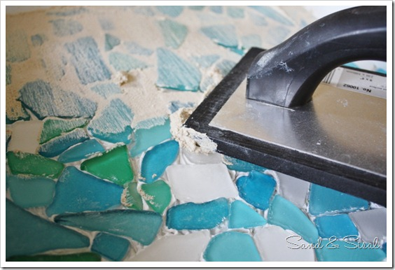 How to make a mosaic tray