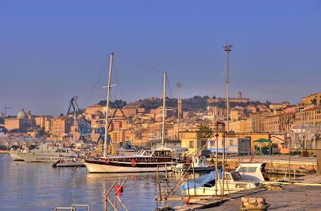 2. Portul Ancona.jpg