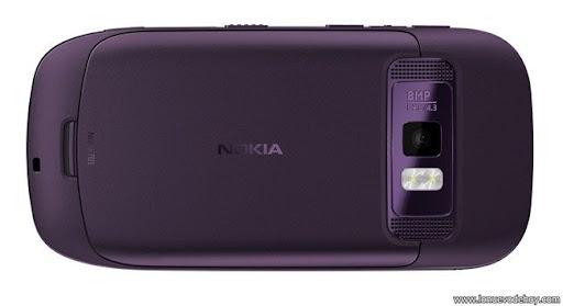 Nokia 701 img 1