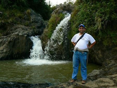 Pledoarie pentru Filipine: Cascada in Filipine.JPG