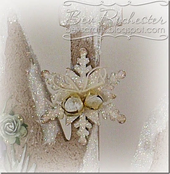 bev-rochester-altered-noel-ornament1