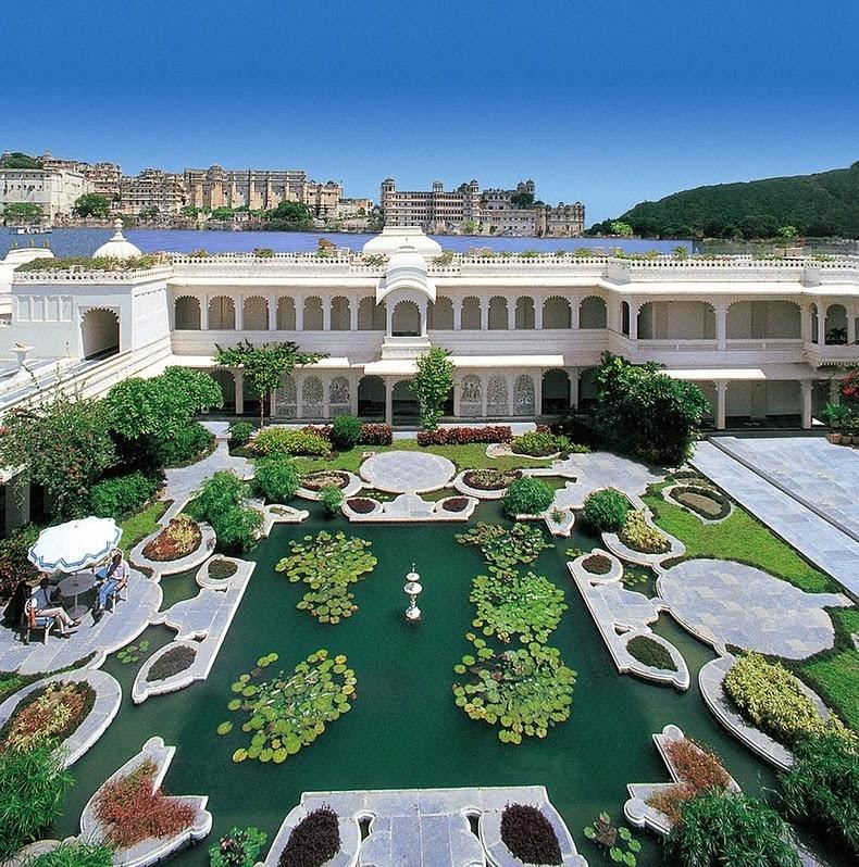 قصر «تاج» العائم في أودايبور lake-palace-8%5B2%
