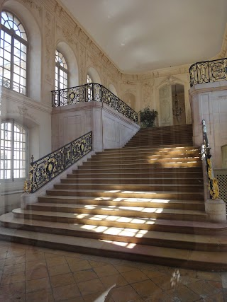 Escalier Gabriel dans le Palais des Ducs de Bourgogne
