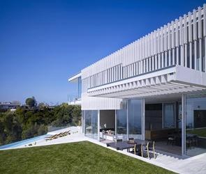 Casa minimalista Oberfeld arquitectos