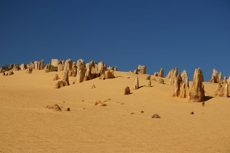 pinnacles-desert-4