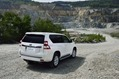 2014-Toyota-Land-Cruiser-Prado-33