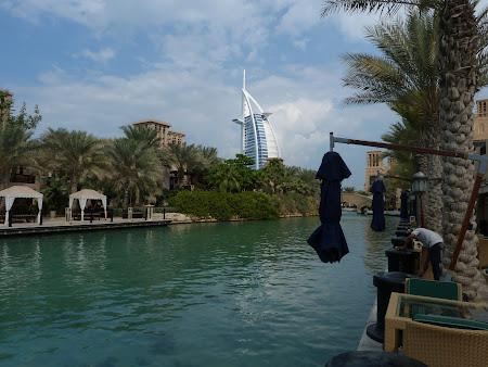 Shopping Dubai: Madinat Jumeirah si Burj al Arab
