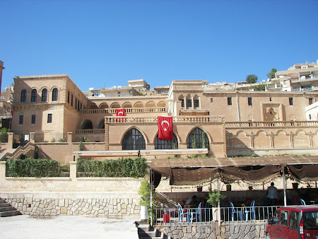 Obiective turistice Kurdistan: muzeu oras Mardin
