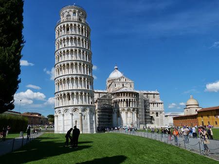 5. Turnul inclinat.JPG