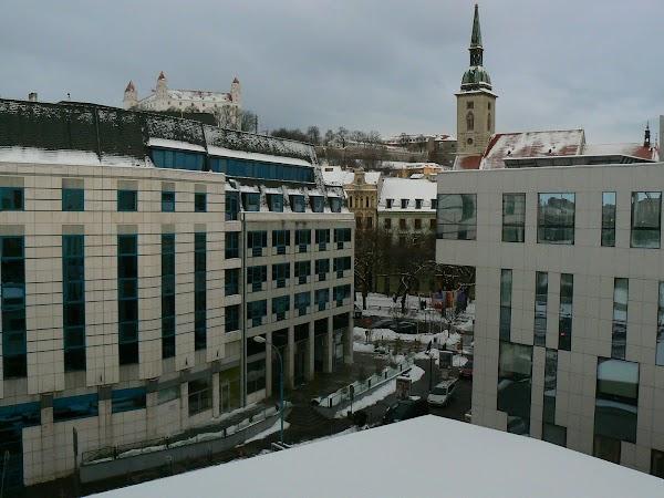 10. castelul si catedrala Bratislava.JPG