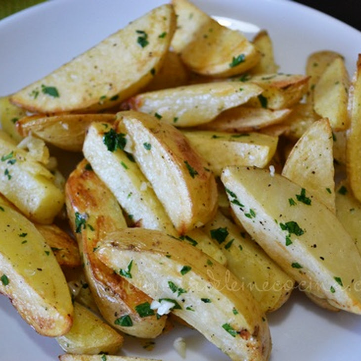 Baked Potato Strips with Garlic and Parsley Recipe