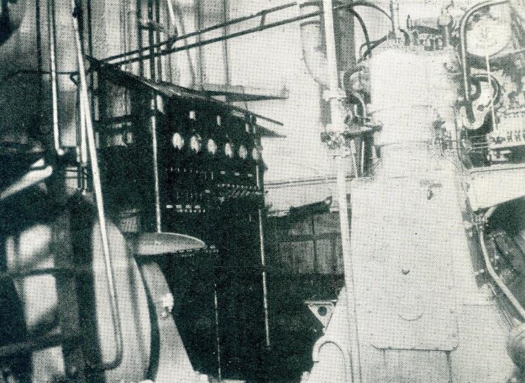 El mando principal de la maquina.jpg