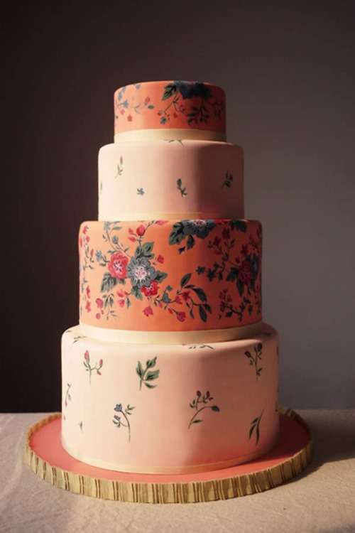 charm-city-cakes-vintage-floral-cake