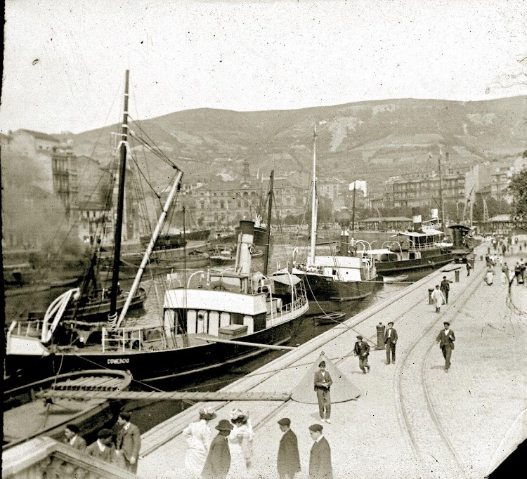 El vapor COMERCIO en el puerto de Bilbao. Foto Flickr.jpg