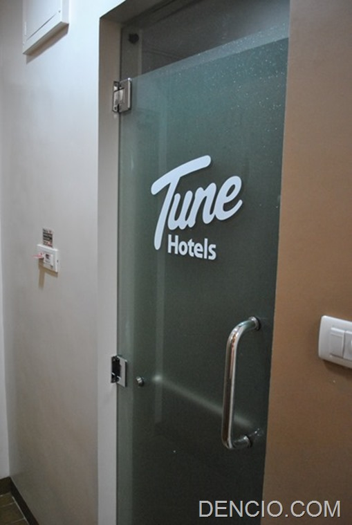 Tune Hotels Angeles 24