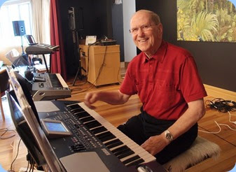 John Beales brought along his Korg Pa500 to play for us. Photo courtesy of Dennis Lyons
