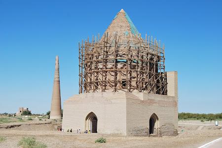 Imagini Turkmenistan: Mausoleul Sayid Ahmed