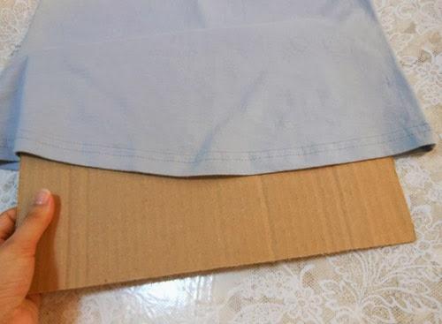 como-customizar-camiseta-regata-giz-6.jpg