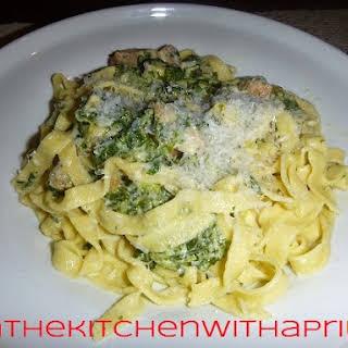 Chicken Spinach Alfredo Pasta Recipes.