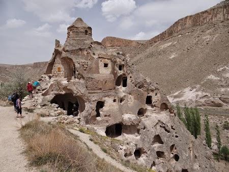 19. Biserica cu dom din Soganli, Cappadocia.JPG