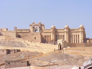 amer-fort-outside