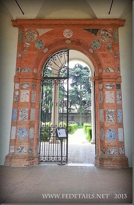 Palazzo di Ludovico il Moro,foto2,Ferrara,EmiliaRomagna,Italia - Palace of Ludovico il Moro, photo2, Ferrara, EmiliaRomagna, Italy - Property and Copyright of FEdetails.net
