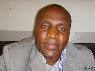 Al Kitenge, Analyste e?conomique et strate?ge congolais. Radio Okapi