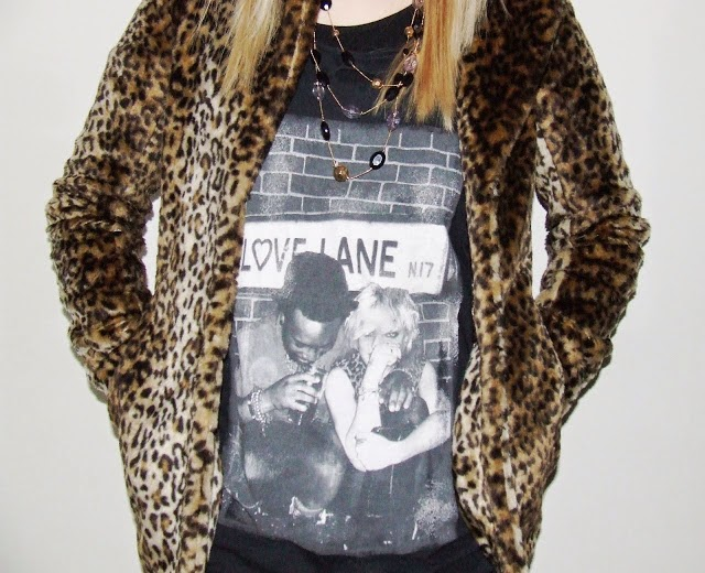 sian victoria fashion blogger leopard print coat outfit