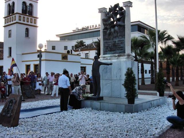 Ofrenda floral 73º aniversario del fusilamiento de Blas Infante. Acto de la Fundación Blas Infante.Carretera de Carmona. 10-08-09.