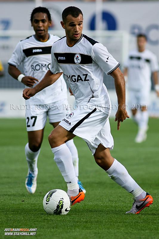 Thaer Bawab în timpul meciului dintre Gaz Metan Mediaș și KuPS Kuopio (Finlanda) din cadrul turului 2 preliminar al UEFA Europa League, disputat în data de 21 iulie 2011