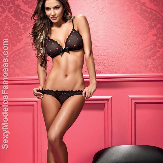 Natalia Velez Sexy Lenceria Besame Foto 6
