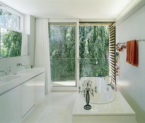 baño de diseño blanco lavabos modernos