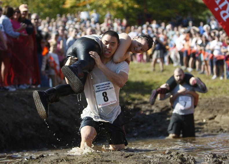 wife-carrying-chamionship-9
