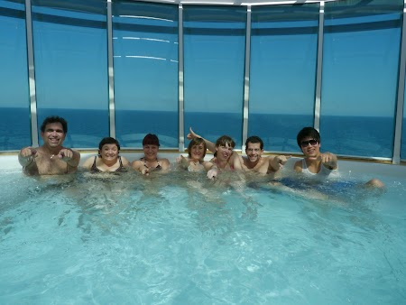 04. Jacuzzi Royal Carribean.JPG