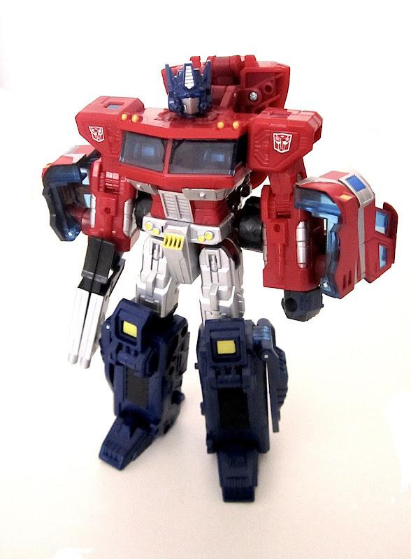 Henkei Optimus Prime
