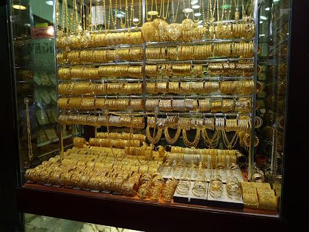 Obiective turistice Dubai: Bazar aur