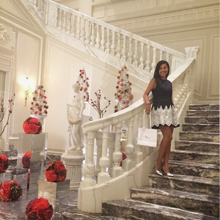 Dior-J'adore -The-future-is-gold-fashion-blogger
