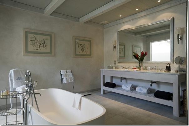 10 bagni con vasche a libera istallazione case e interni for Bagni interni case