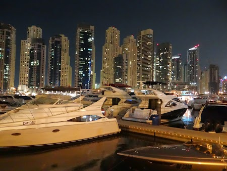 26. Dubai Marina noaptea.JPG
