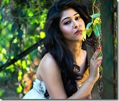 sonarika_bhadoria_recent_stylish_photo