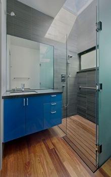 baños-diseño-pisos-de-madera-baños-modernos